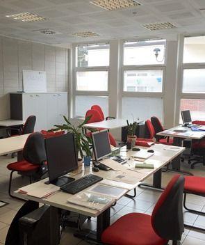 Postazioni-Incubatore-di-impresa-di-Bergamo-Sviluppo-al-Point